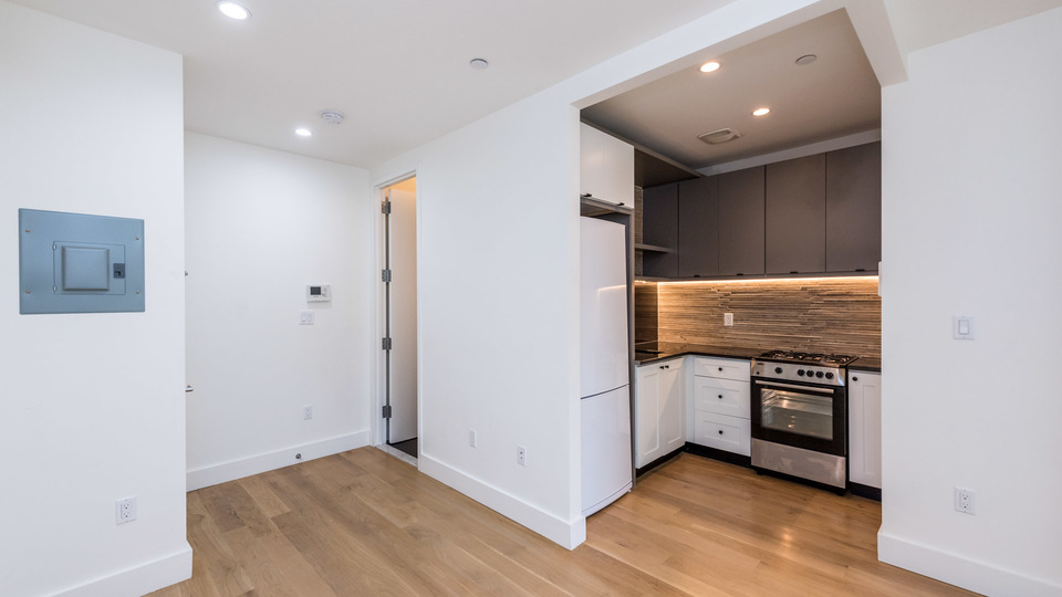 A $2,525.00, 2 bed / 1 bathroom apartment in Williamsburg