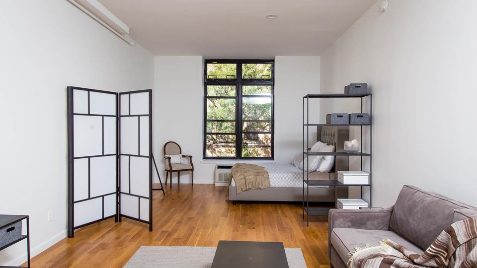 A $2,150.00, 0 bed / 1 bathroom apartment in Bushwick
