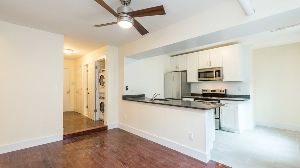 A $2,700.00, 2 bed / 1 bathroom apartment in Bed-Stuy