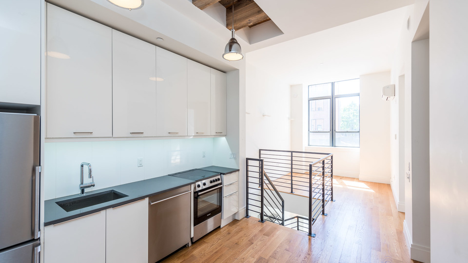A $3,400.00, 1.5 bed / 1 bathroom apartment in Williamsburg