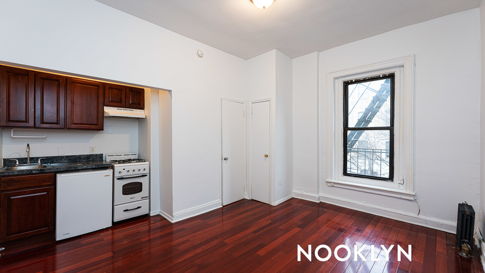 A $1,519.00, 0 bed / 1 bathroom apartment in Bed-Stuy
