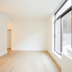 A $4,425.00, 0 bed / 1 bathroom apartment in Upper East Side