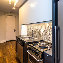 A $2,800.00, 3 bed / 1 bathroom apartment in Ridgewood