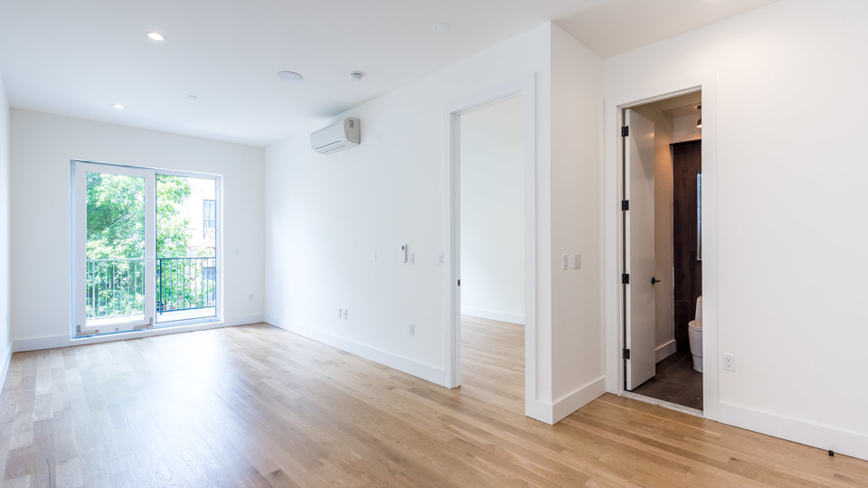 A $2,447.00, 2 bed / 1 bathroom apartment in Bed-Stuy