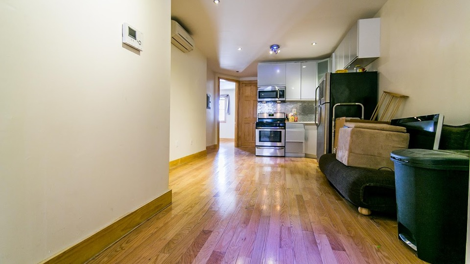 A $3,000.00, 3 bed / 1 bathroom apartment in Greenpoint