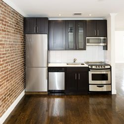 A $4,200.00, 4 bed / 2 bathroom apartment in Park Slope
