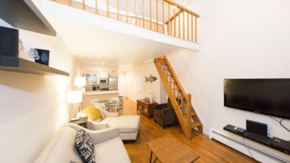 A $3,140.00, 0.5 bed / 1 bathroom apartment in West Village