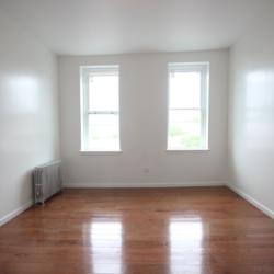 A $2,250.00, 1.5 bed / 1 bathroom apartment in Bushwick