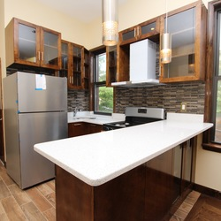 A $3,300.00, 3 bed / 1 bathroom apartment in Ridgewood