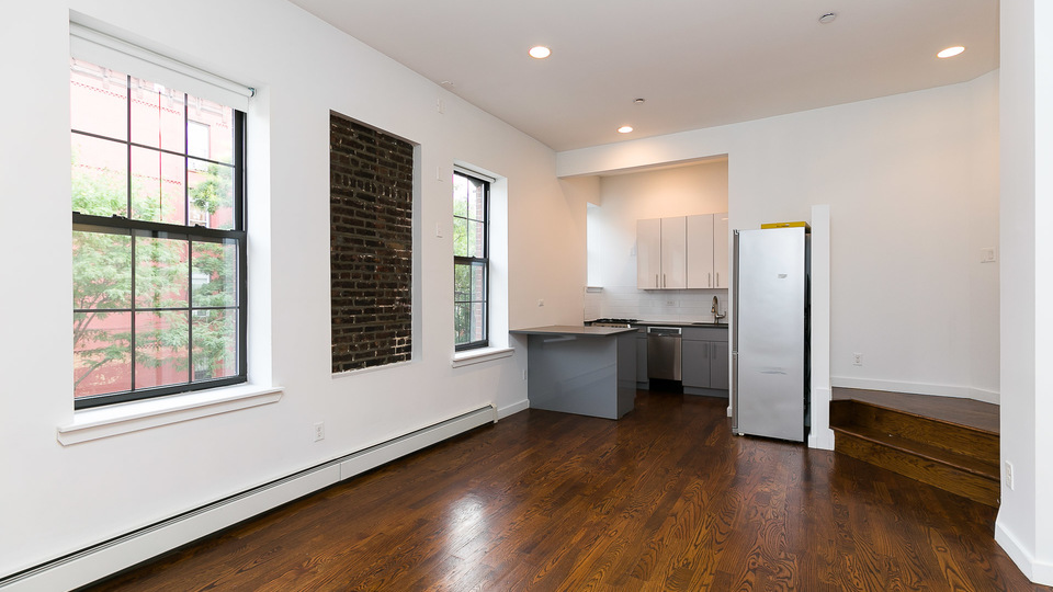 A $2,850.00, 2 bed / 1 bathroom apartment in Bed-Stuy