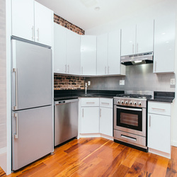 A $3,255.00, 4 bed / 1.5 bathroom apartment in Clinton Hill