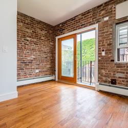A $3,000.00, 2.5 bed / 1 bathroom apartment in Bushwick