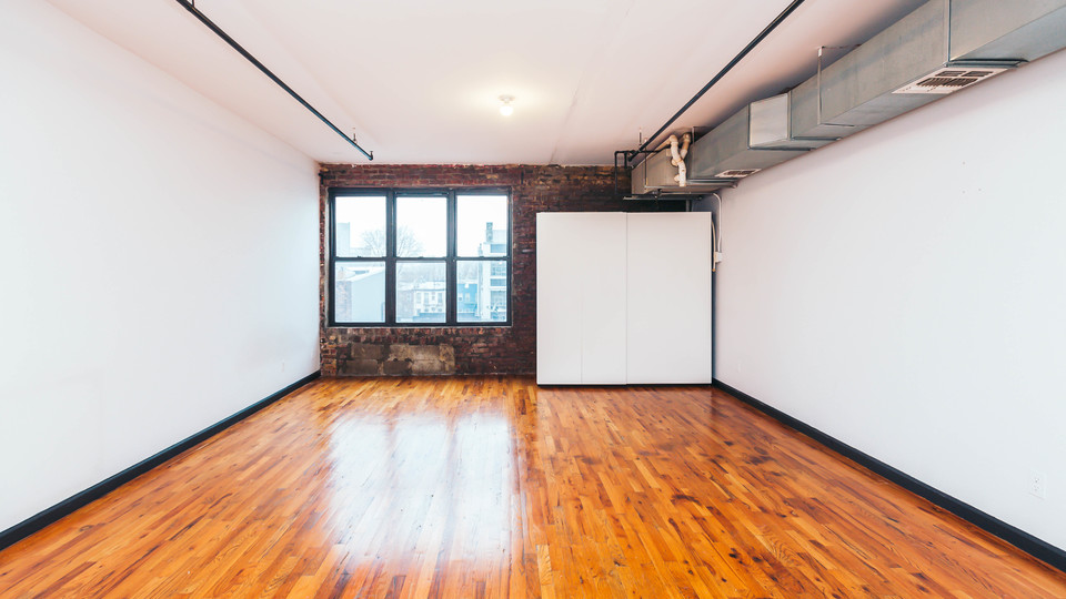 A $1,845.00, 0 bed / 1 bathroom apartment in Bushwick