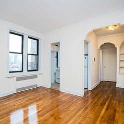 A $2,050.00, 1 bed / 1 bathroom apartment in Sunnyside
