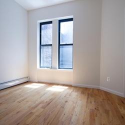 A $3,475.00, 4 bed / 1 bathroom apartment in Bushwick