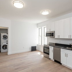 A $2,842.00, 3 bed / 1 bathroom apartment in Bed-Stuy