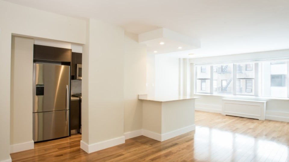A $2,745.00, 0 bed / 1 bathroom apartment in Murray Hill