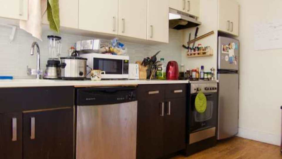 A $2,800.00, 3 bed / 1 bathroom apartment in Prospect Heights