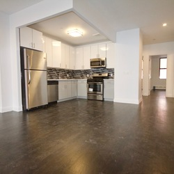 A $3,400.00, 3 bed / 2 bathroom apartment in Williamsburg