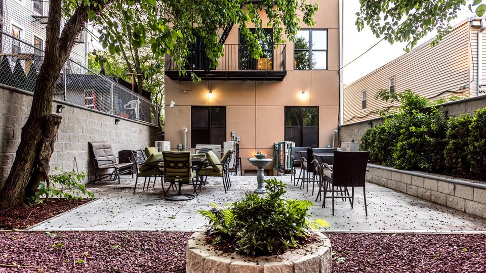 A $3,600.00, 4 bed / 2.5 bathroom apartment in Bushwick