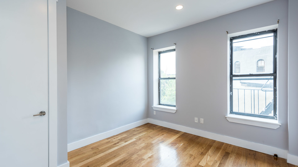 A $2,499.00, 4 bed / 1.5 bathroom apartment in Crown Heights