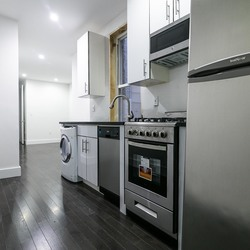 A $2,650.00, 3 bed / 2 bathroom apartment in Ridgewood