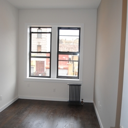 A $2,400.00, 3 bed / 1 bathroom apartment in Flatbush