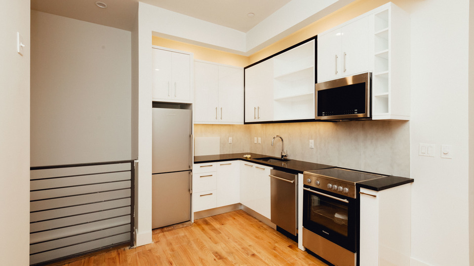 A $2,600.00, 3 bed / 2 bathroom apartment in Crown Heights