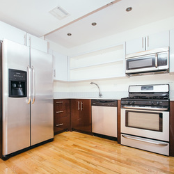 A $3,550.00, 2 bed / 2 bathroom apartment in Greenpoint
