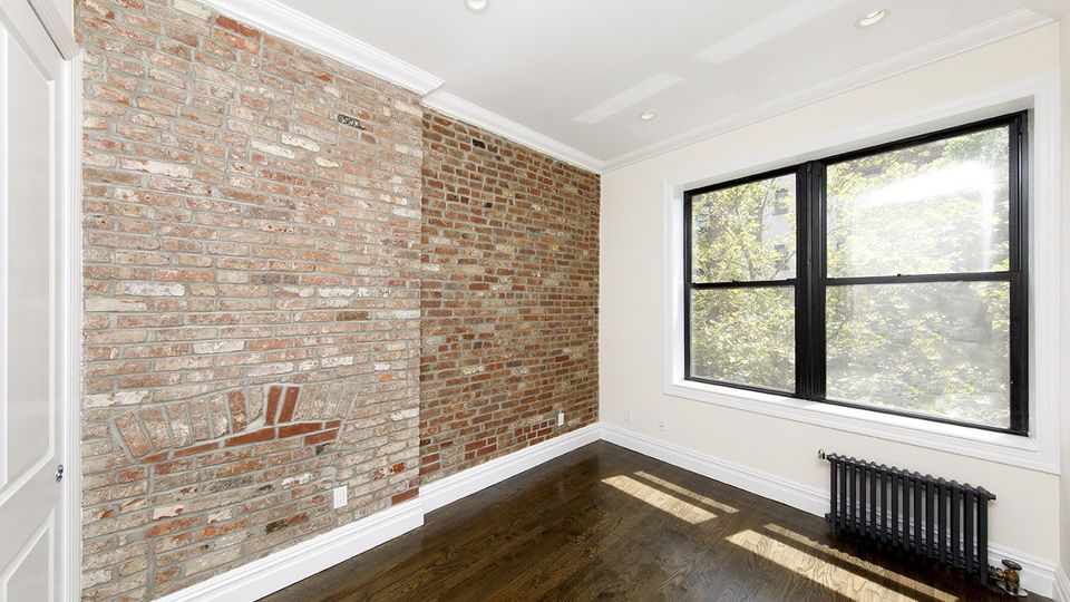 A $2,450.00, 2 bed / 1 bathroom apartment in Boerum Hill