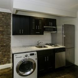 A $2,785.00, 0.5 bed / 1 bathroom apartment in East Village