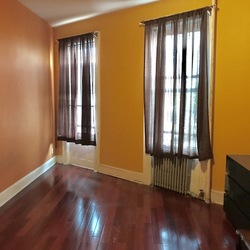 A $1,800.00, 2 bed / 1 bathroom apartment in Ridgewood