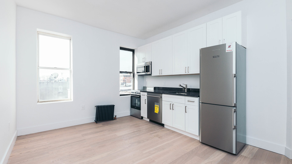A $2,228.00, 2 bed / 1 bathroom apartment in Bed-Stuy