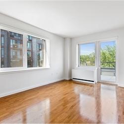 A $4,450.00, 3 bed / 2 bathroom apartment in Kensington
