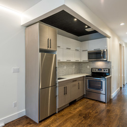 A $4,420.00, 4 bed / 2.5 bathroom apartment in Greenpoint