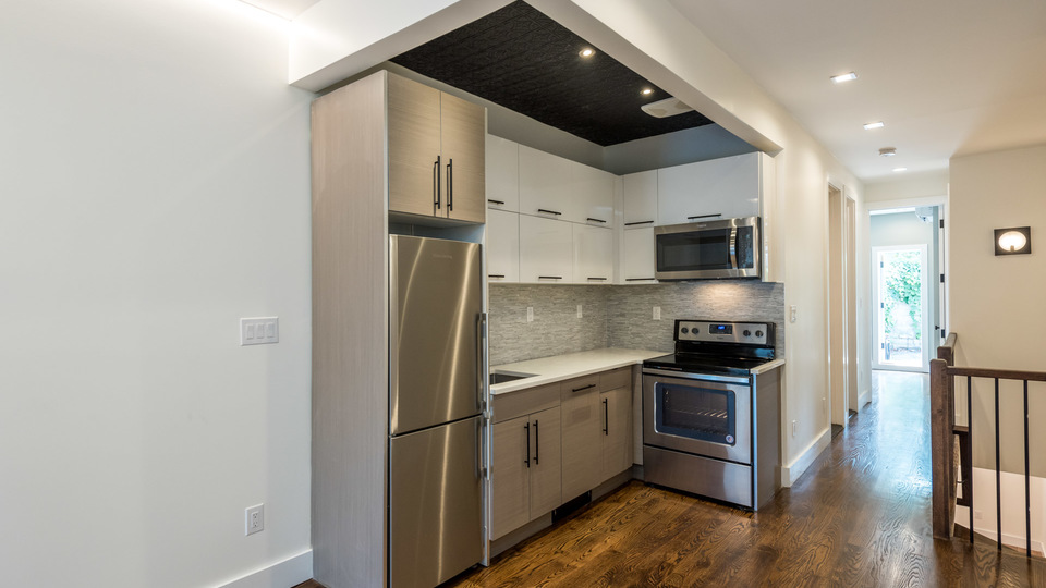 A $4,125.00, 4 bed / 2.5 bathroom apartment in Greenpoint
