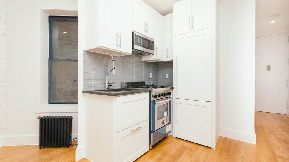 A $2,635.00, 1 bed / 1 bathroom apartment in Clinton Hill