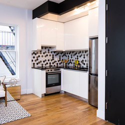 A $2,475.00, 3 bed / 1 bathroom apartment in PLG: Prospect Lefferts Gardens