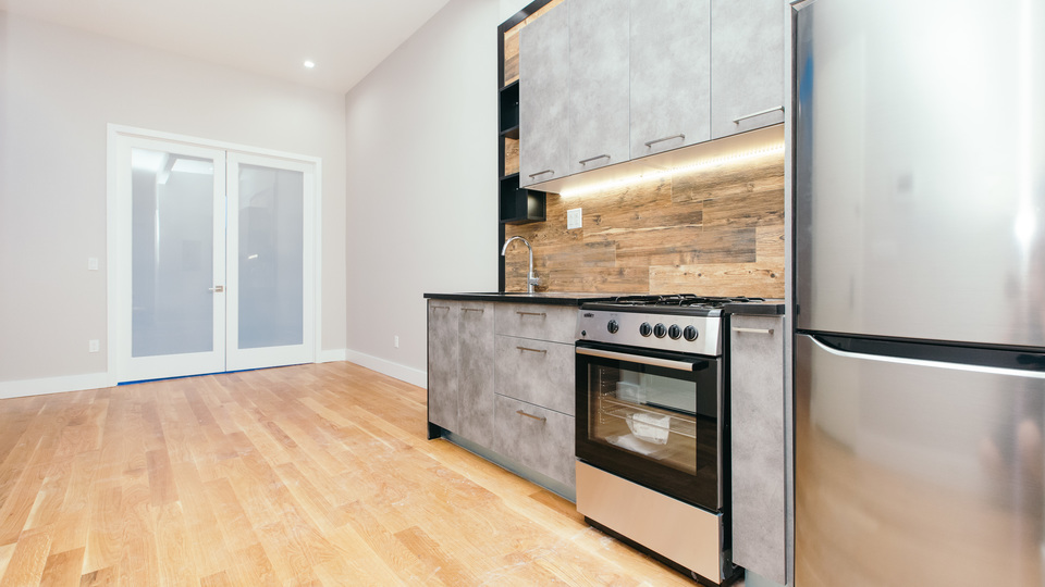 A $2,850.00, 2 bed / 2 bathroom apartment in Bushwick