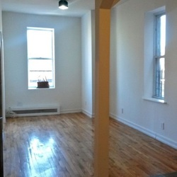 A $2,295.00, 3 bed / 1 bathroom apartment in Stuyvesant Heights
