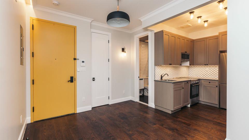 A $2,150.00, 1 bed / 1 bathroom apartment in Ridgewood