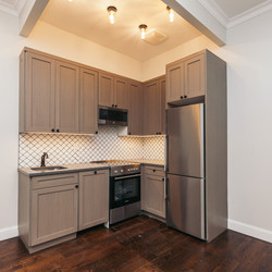 A $2,085.00, 2 bed / 1 bathroom apartment in Ridgewood