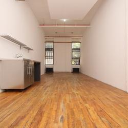 A $1,675.00, 0 bed / 1 bathroom apartment in Bushwick