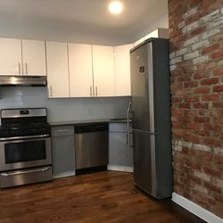 A $2,950.00, 3 bed / 1 bathroom apartment in Crown Heights