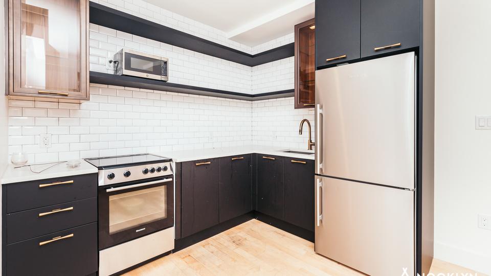 A $3,804.00, 3 bed / 2 bathroom apartment in Bushwick