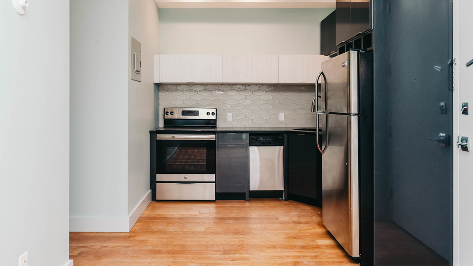 A $2,660.00, 3 bed / 1.5 bathroom apartment in Ridgewood