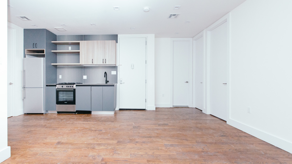 A $4,850.00, 5 bed / 2 bathroom apartment in Williamsburg
