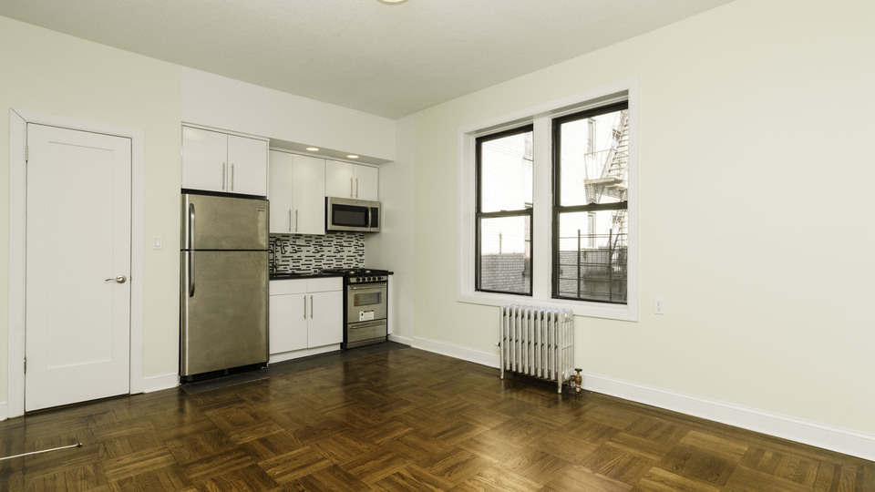 A $1,725.00, 1 bed / 1 bathroom apartment in Ridgewood