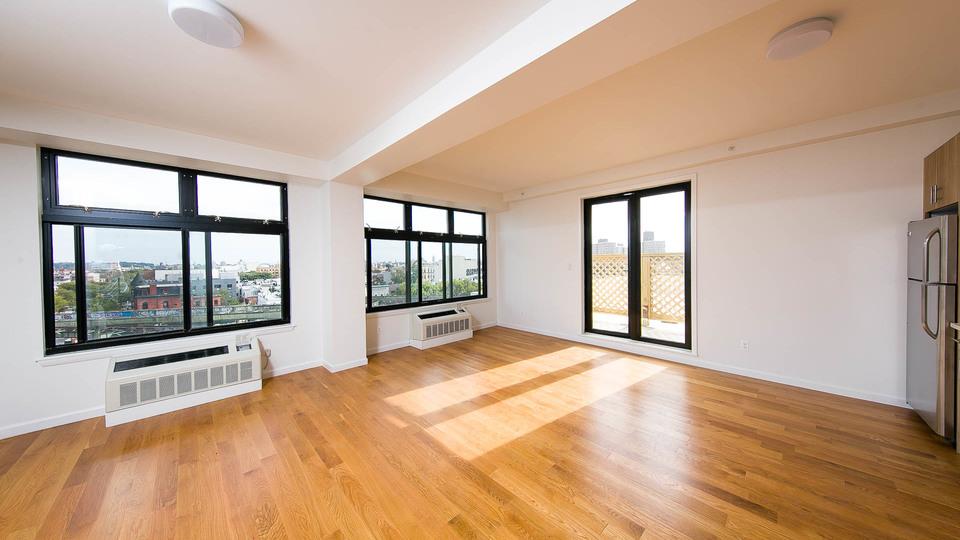 A $3,391.00, 2 bed / 1 bathroom apartment in Bushwick
