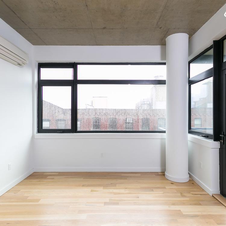Ny Apartment Listings: 44 Kent St, Brooklyn, NY 11222, USA